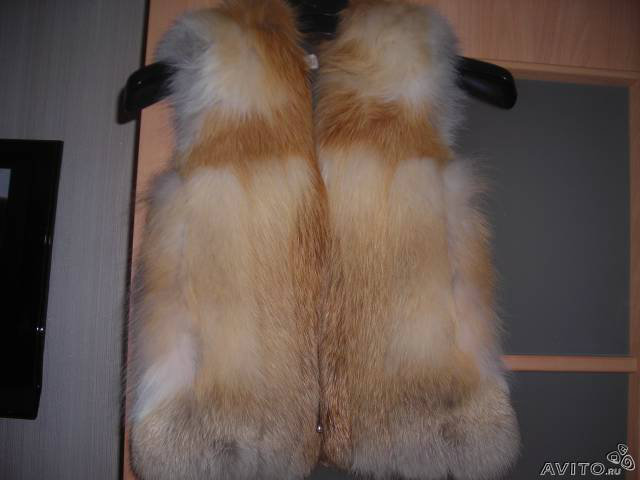 Продам новая жилетка из рыжей лисы