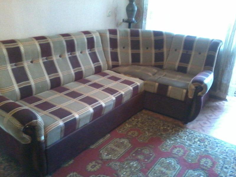 Продам Угловой диван (мягкая мебель)
