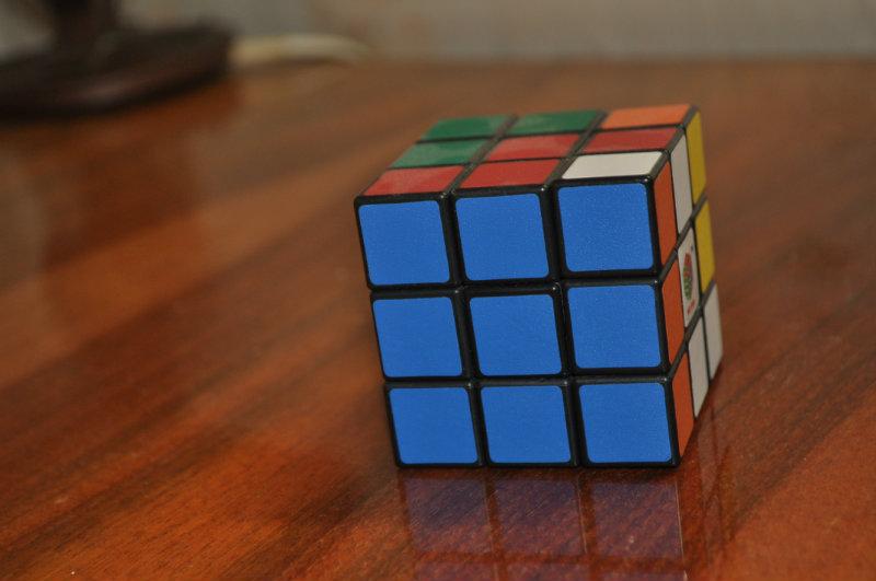 Продам Кубик-рубик.  В отличном состоянии!!!