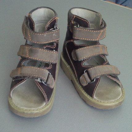 Продам Ортопедические сандалии