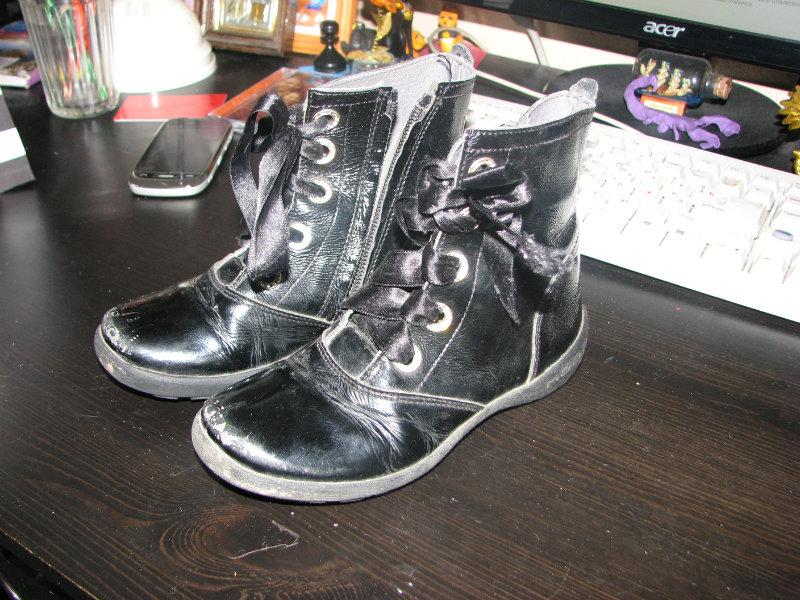 Продам Ботинки Modo8 демисезон