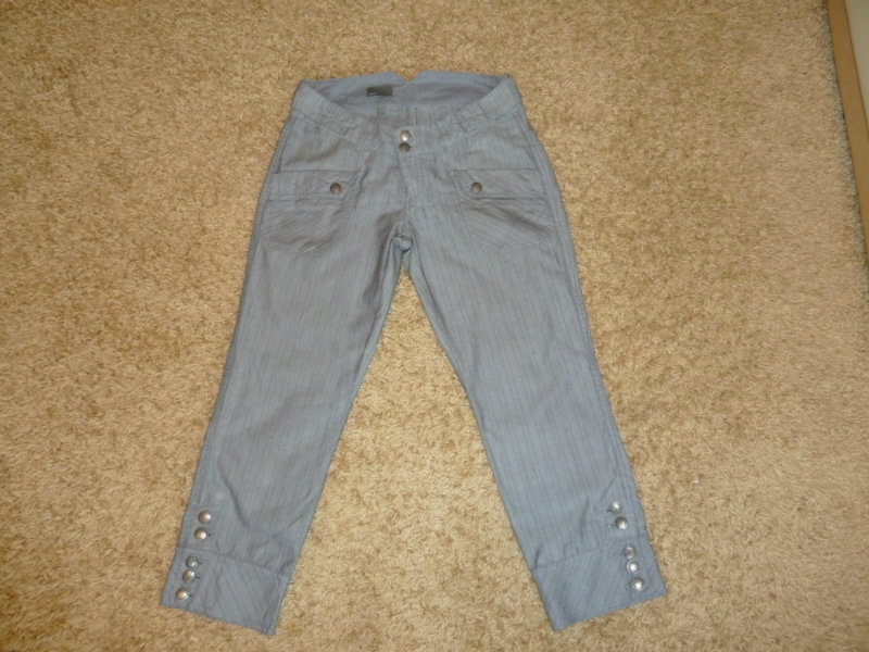 Продам брюки (капри) Mexx