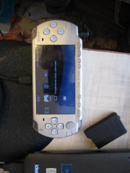 Продам: Sony PSP (Play Station Portable) 2001