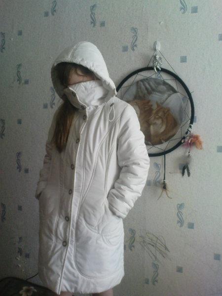 Продам Демисезонное пальто 146-152  (10-12 лет)