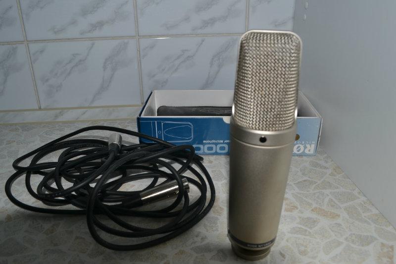 Продам Rode nt 1000,стойка и кабель