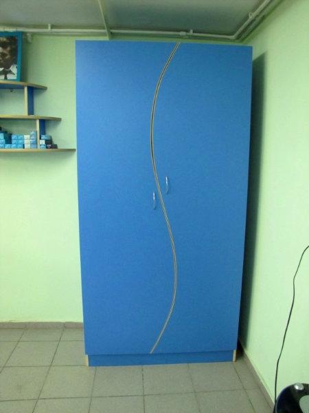 Продам шкаф для верхней одежды