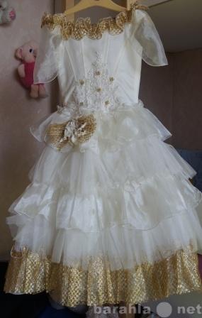 Продам нарядные платья на выпускной 4-8 лет