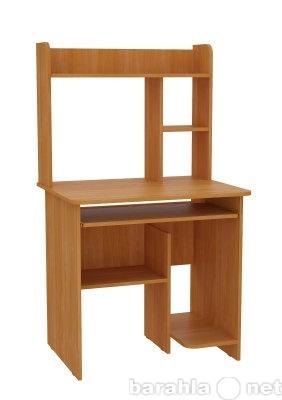 Продам: Продам компьютерный стол с креслом