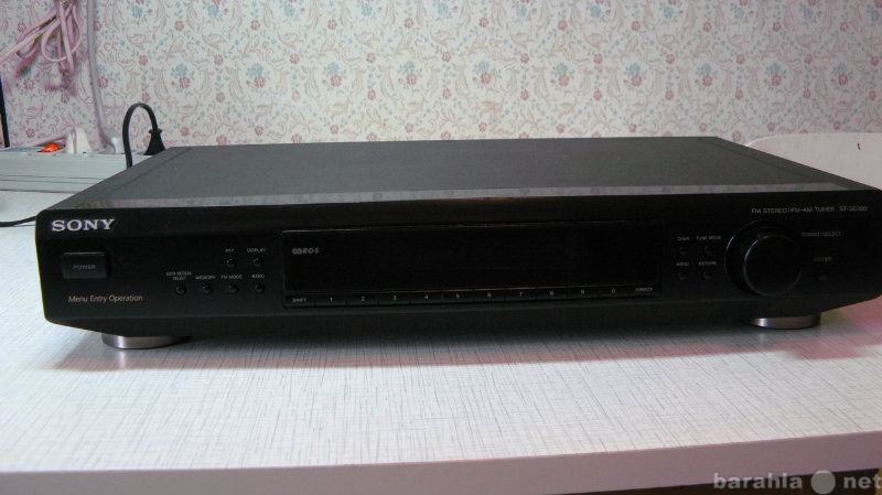 Продам Тюнер Sony SE300