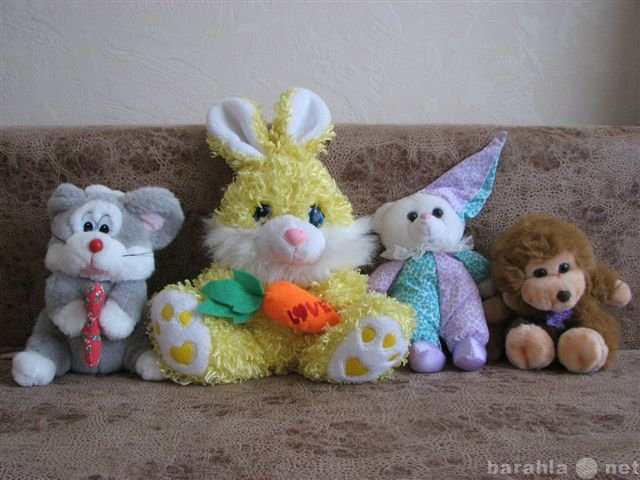 Продам Продаю игрушки (мягкие и куклы)