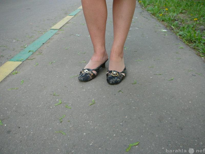 Продам женские туфли р-р 39