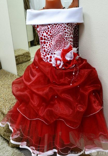 Продам: Продам нарядные детские платья