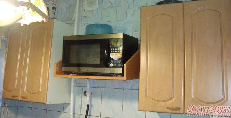 Продам Шкафы кухонные 2 шт.+ полка
