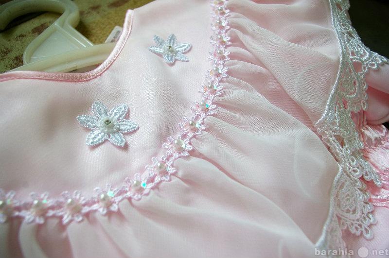 Продам нарядное платье для  девочки 6-8 лет