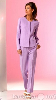 Продам Модные костюмы для стильных женщин