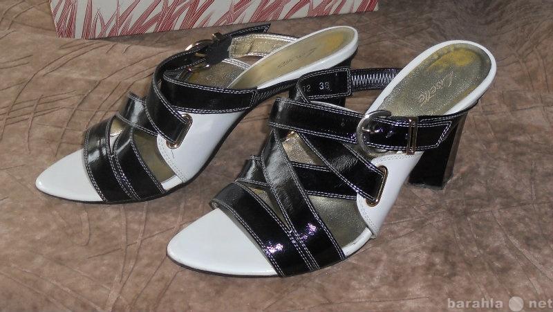Продам Туфли летние открытые женские