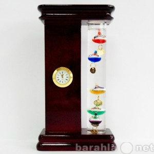 Продам: Термометр галилея с часами в деревянном