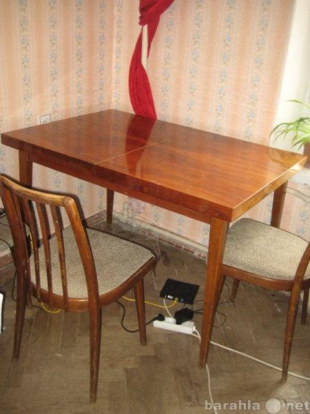 Продам Чешский гарнитур стол и 6 стульев