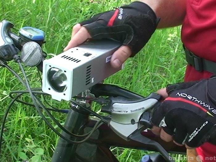 Продам Светодиодный велосипедный фонарь