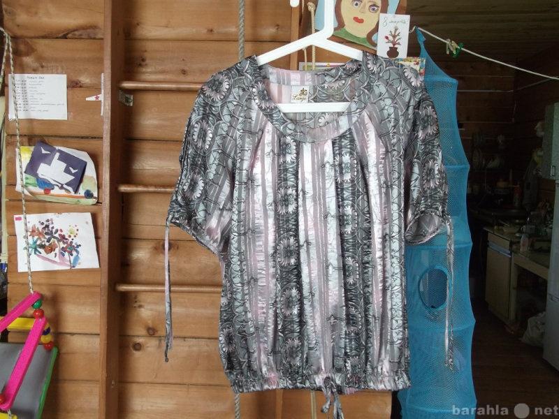 Продам Нарядную блузку  52 размер