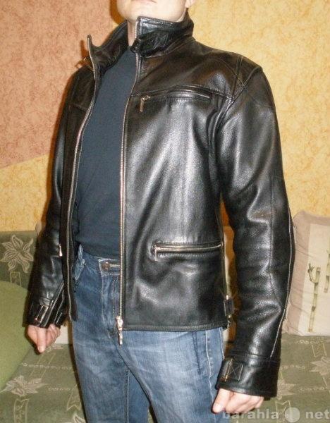 Продам Мотокуртка мужская эксклюзивная, кожаная