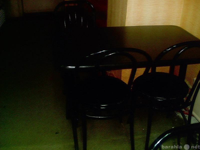 Продам Продам 3 шт. обеденных наборов: стол и 4