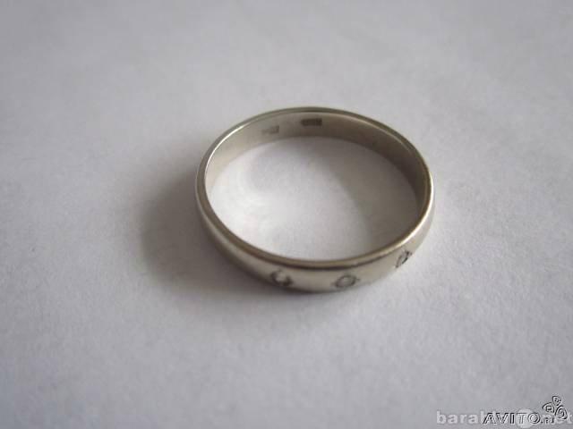 Продам Продам кольцо белого золота