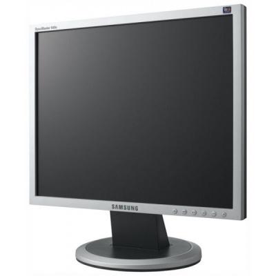 Продам монитор Samsung SyncMaster 940N в Барнауле.