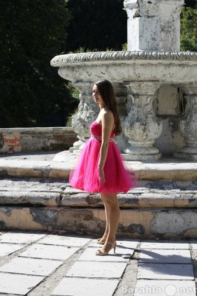 Продам Очень красивое розовое платье