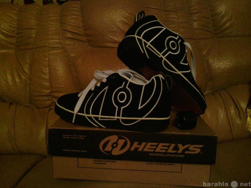 Продам Роликовые кроссовки Heelys