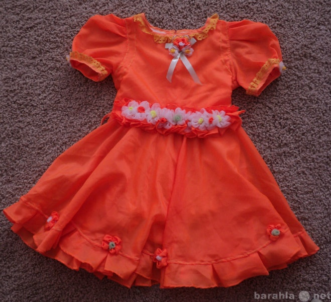 Продам Детский костюм, детские платья