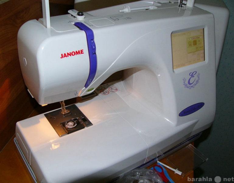 Продам вышивальную машину