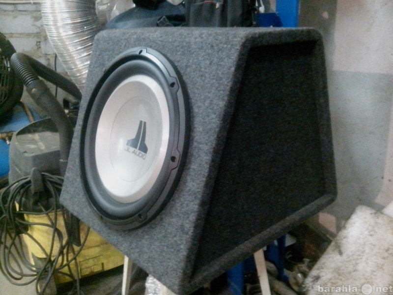 Продам: JL Audio 12W1v2-4