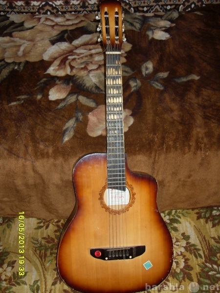 Продам две гитары