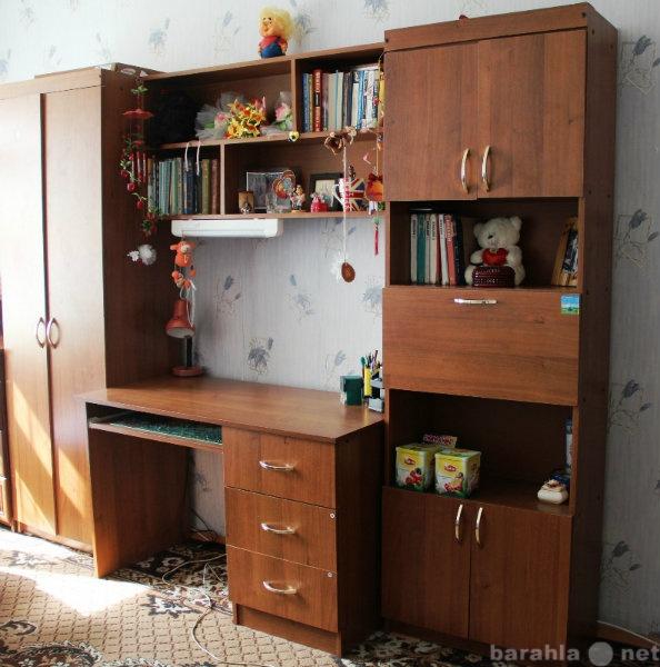 Продам набор мебели для школьника