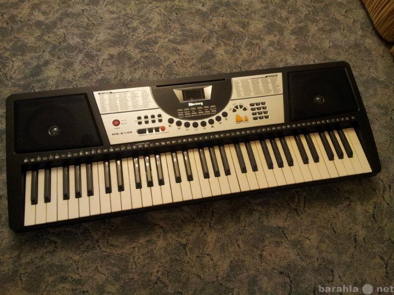 Продам Продам синтезатор Elenberg MS-6140.