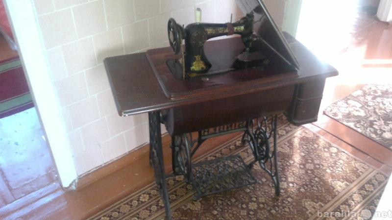 Продам швейная машинка singer