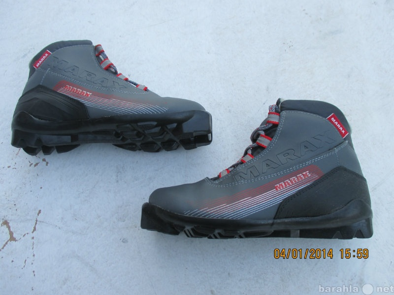 Продам: лыжные ботинки