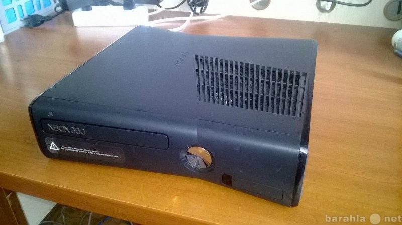Продам XBOX 360. В отличном состоянии!