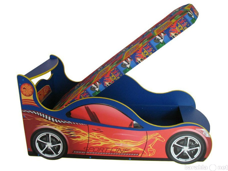 Продам Кровать машинка из серии детских