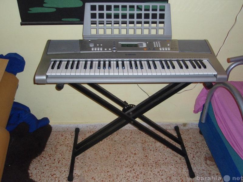 Продам Продам синтезатор Yamaha PSR-E303