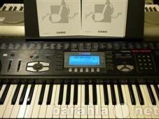Продам Синтезатор casio wk-1300