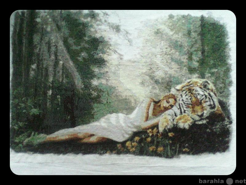 """Продам Картина """"Девушка с тигром"""""""