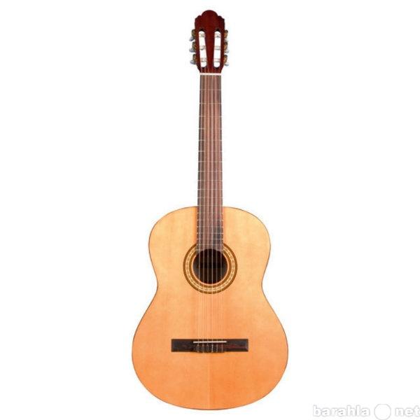 Продам классическую гитару Augusto AGC-100