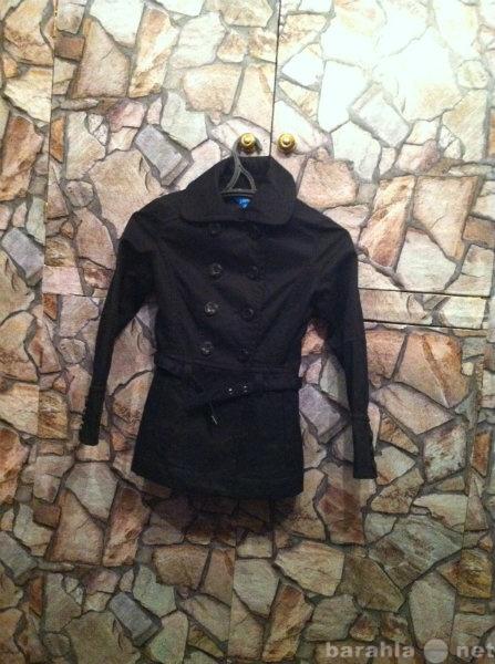 Продам: Классическое весенне-осеннее пальто