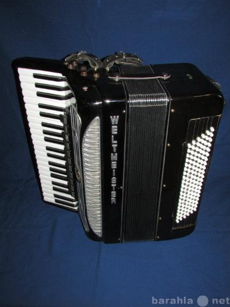 Продам: Концертный готово-выборный аккордеон
