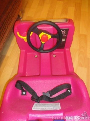 Продам: Машинка-каталка Little Tikes (розовая)