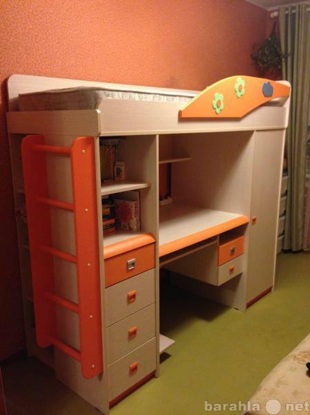 Продам детский комплекс со спальным местом