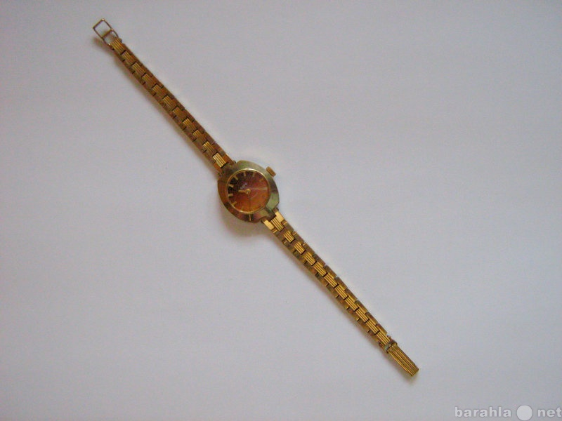 Продам: женские наручные позолоченные часы «Заря