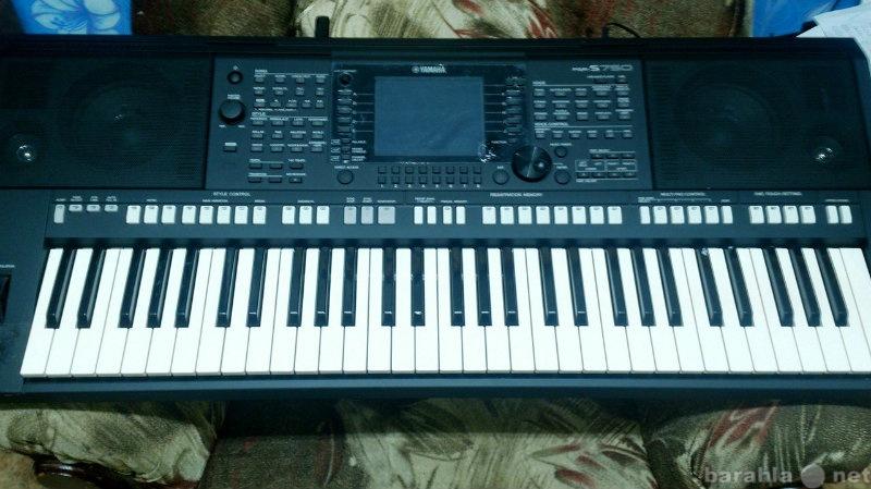 Продам Синтезатор yamaha PSR- S750